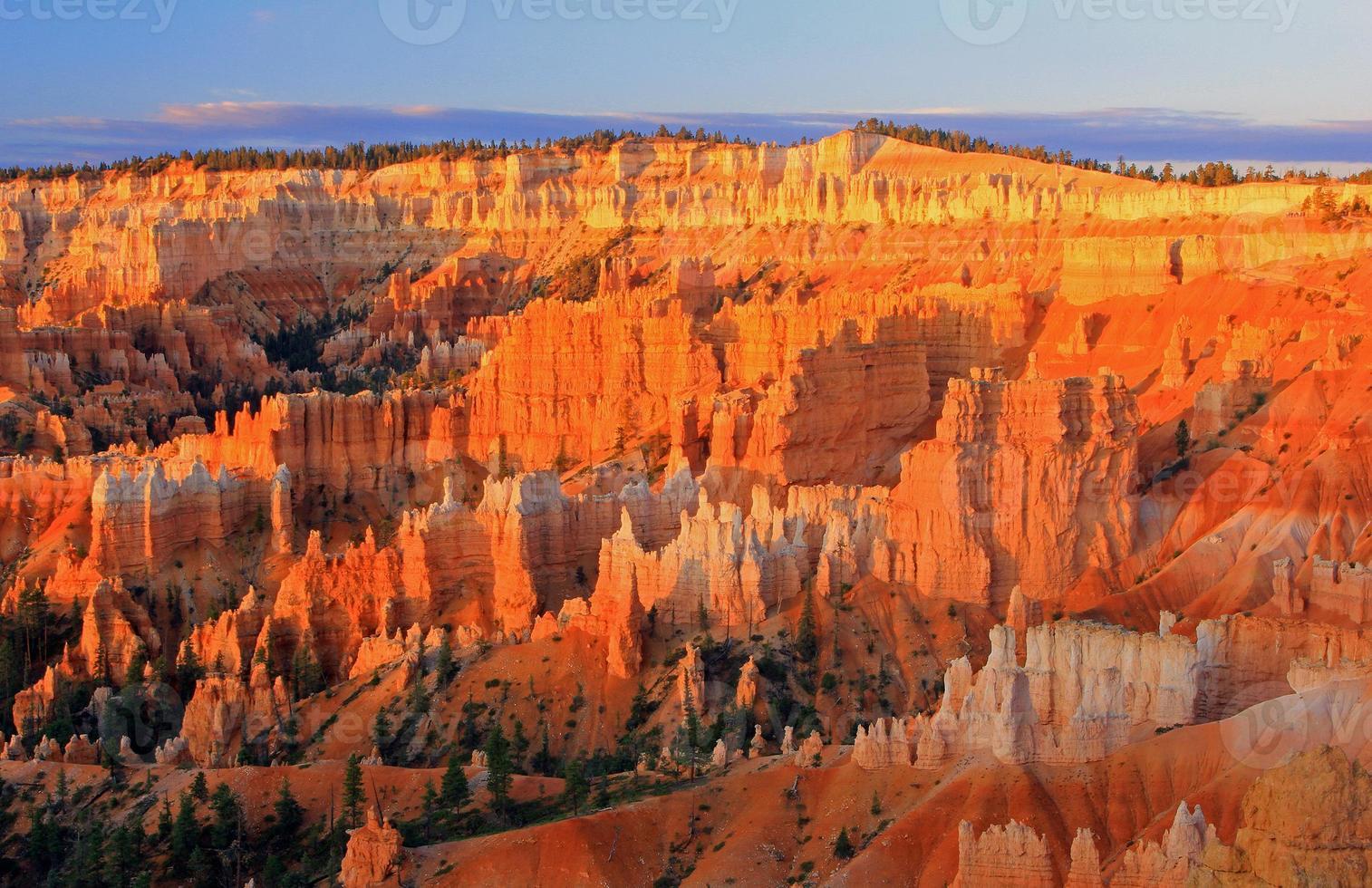lever du soleil canyon bryce photo