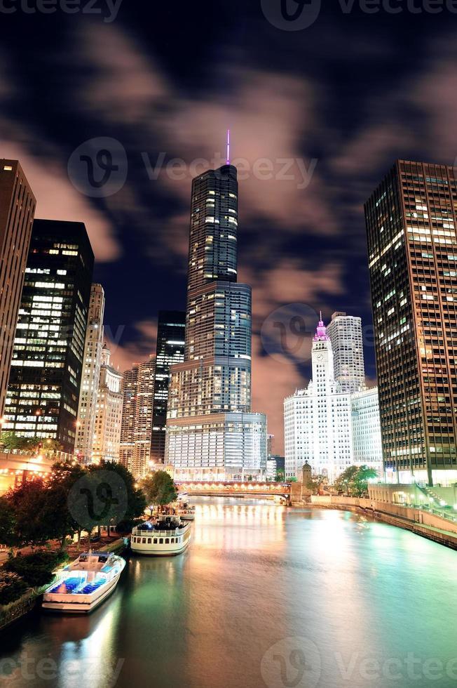 promenade sur la rivière chicago photo
