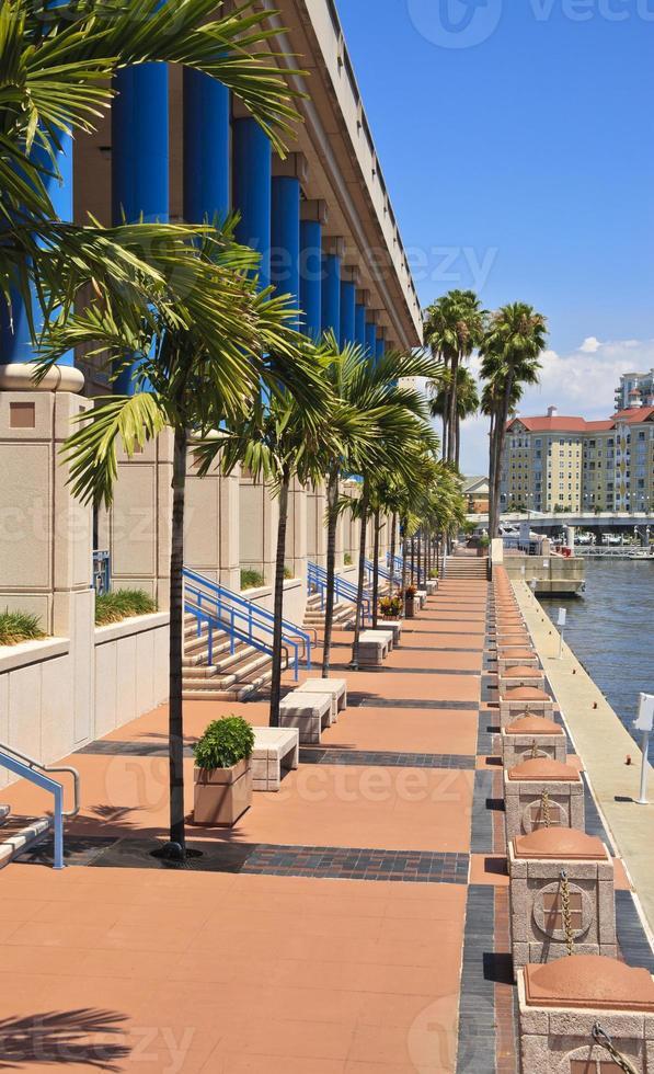 Tampa Convention Center et Riverwalk photo