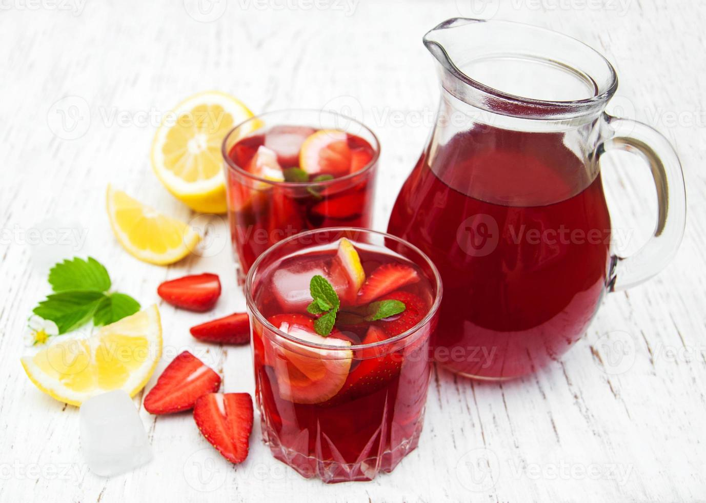 boisson aux fraises d'été photo