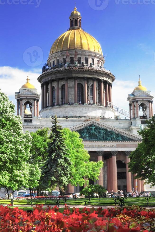 la cathédrale saint isaac à st petersburg photo