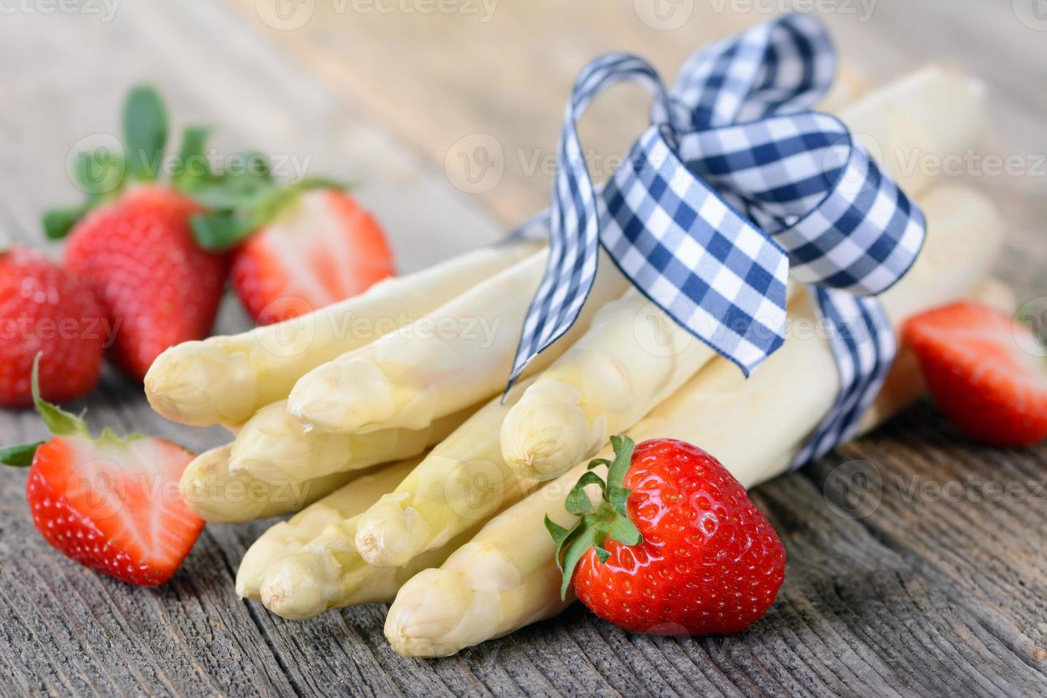 asperges blanches photo