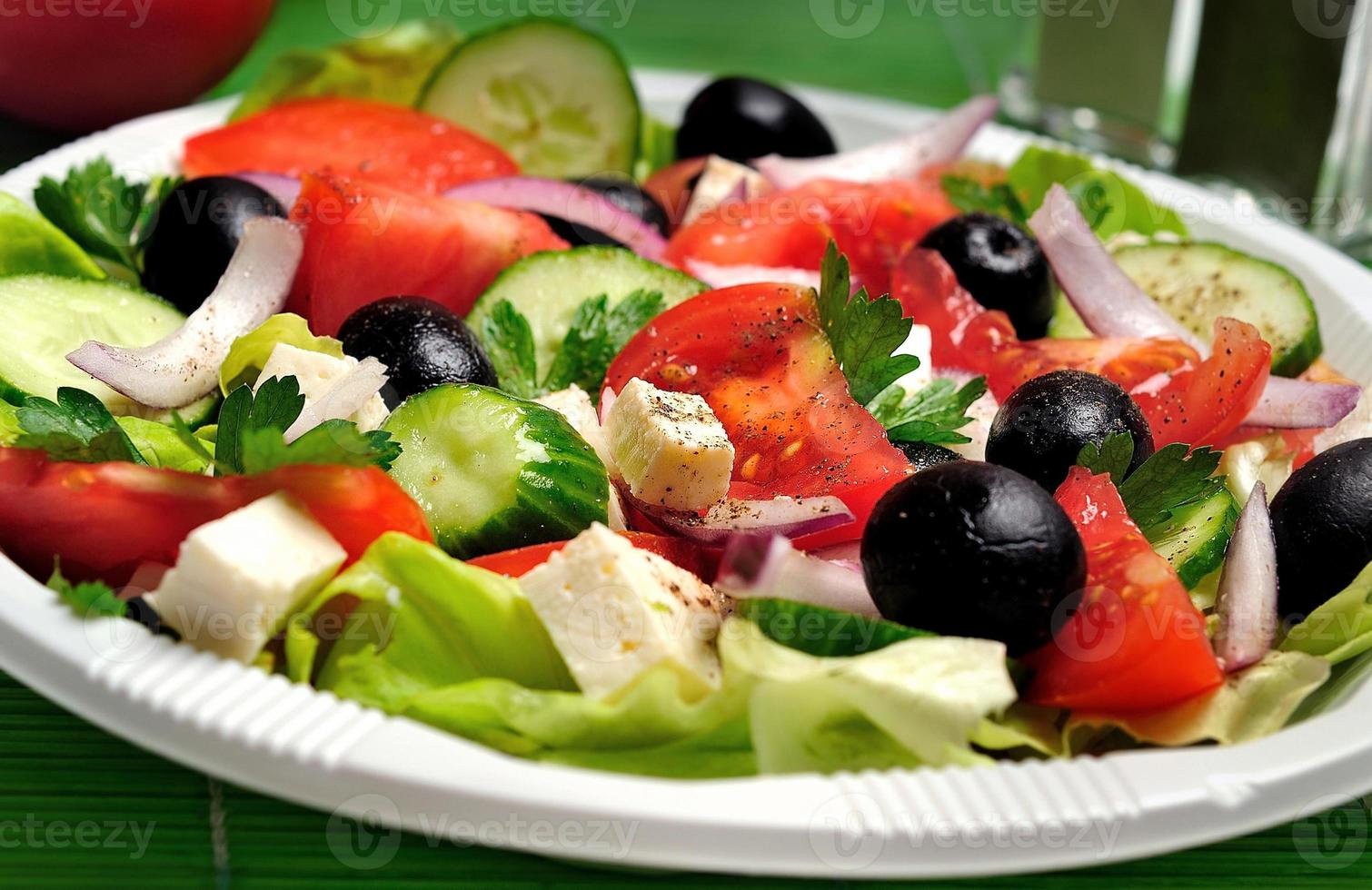 assiette avec salade photo