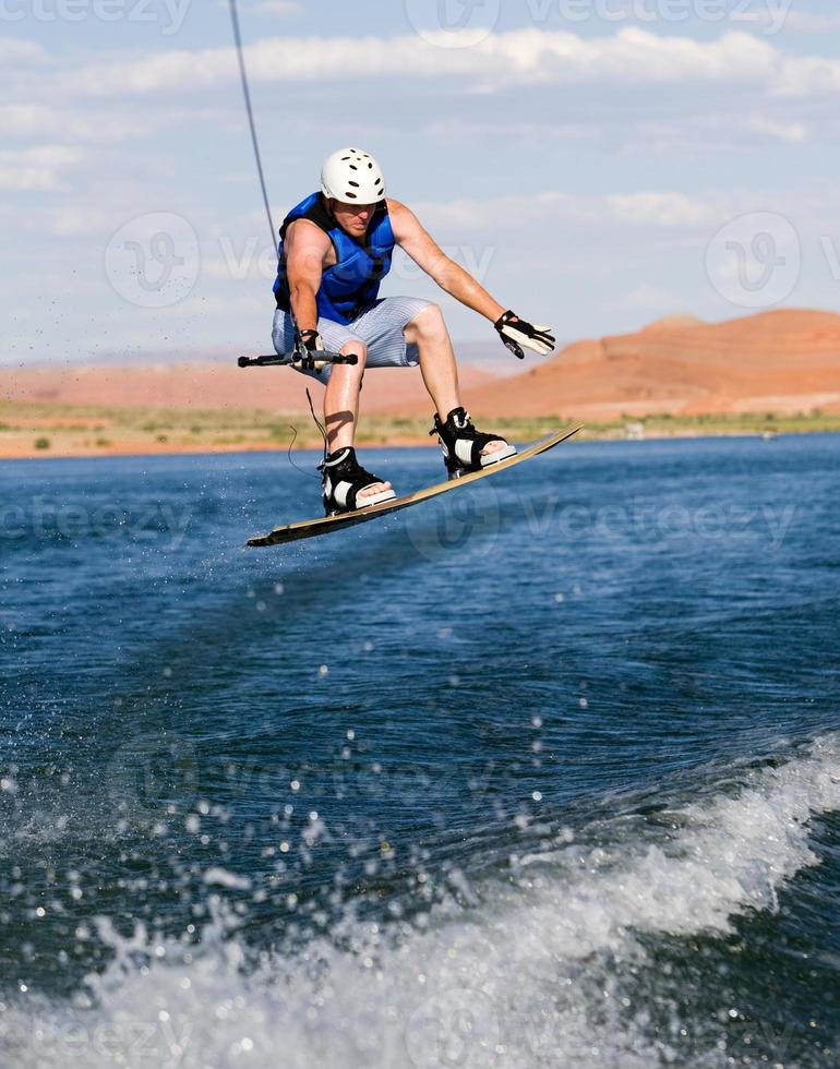 homme, wakeboard, à, lac, powell photo