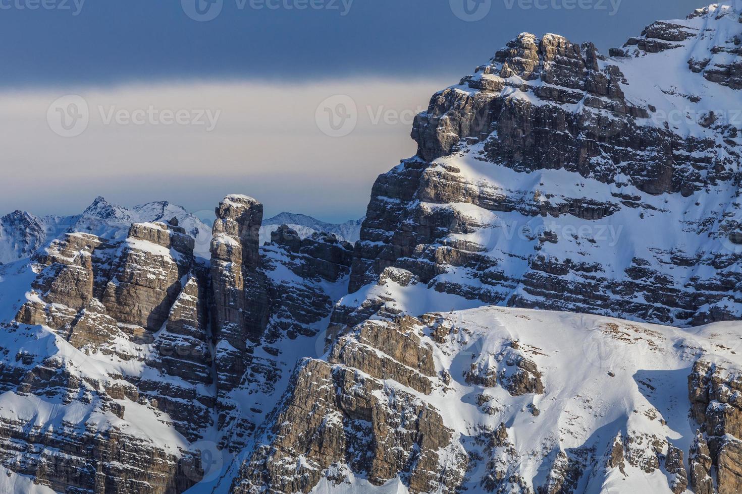 paysage de montagne d'hiver en Autriche photo