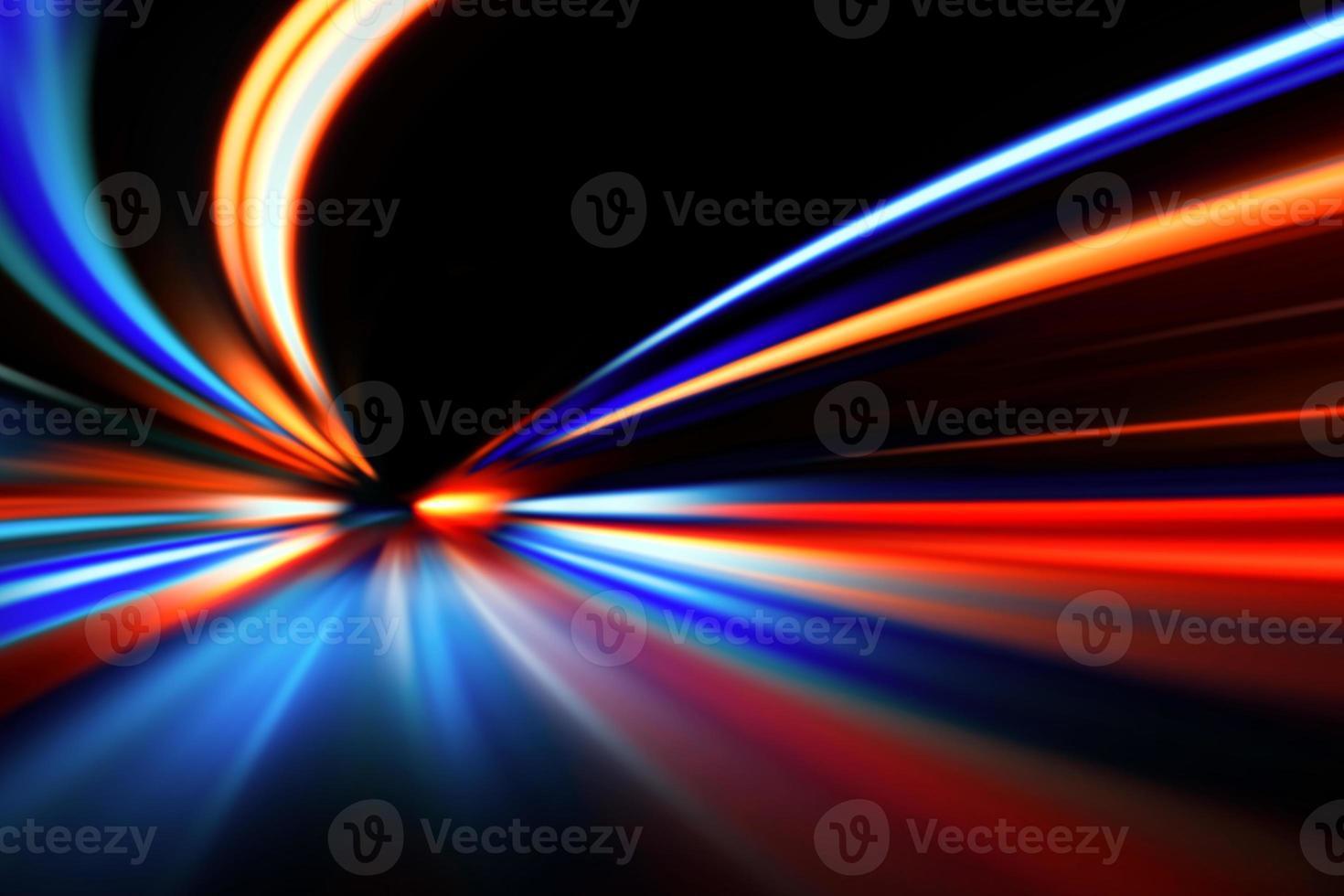 mouvement de vitesse sur la route de nuit photo