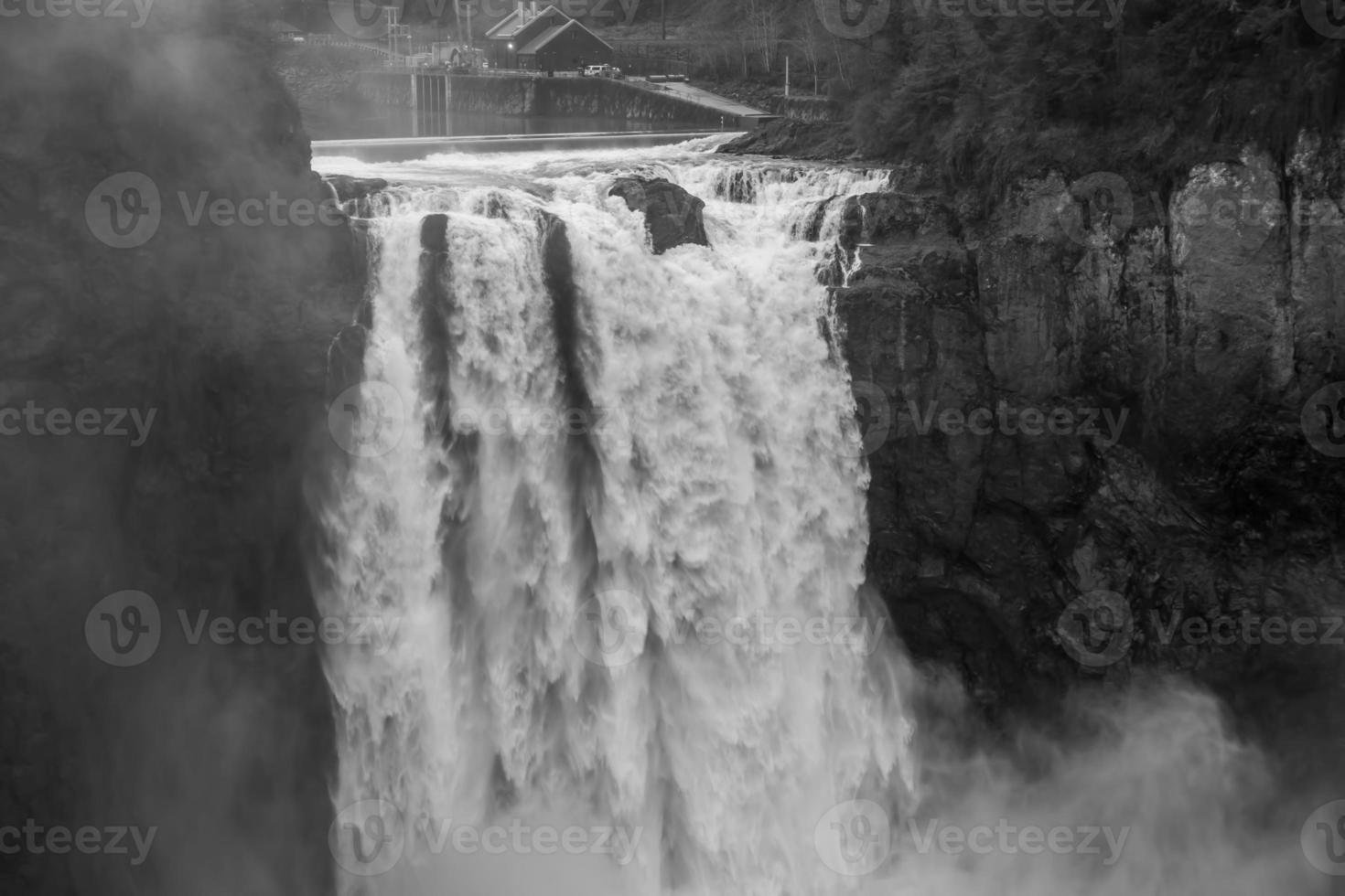snoqualmie puissant tombe bw 2 photo