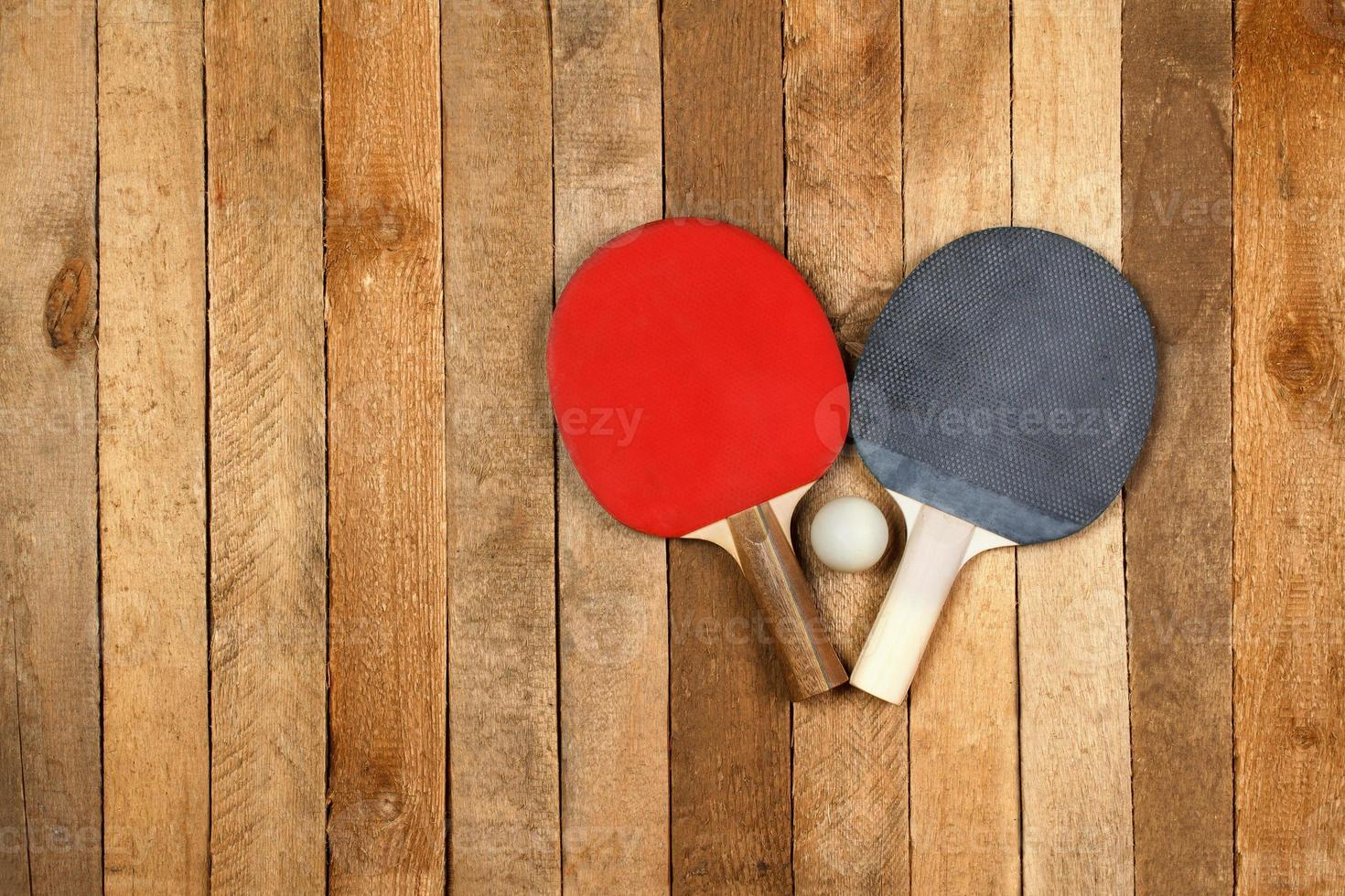 balle et pagaie de ping pong photo