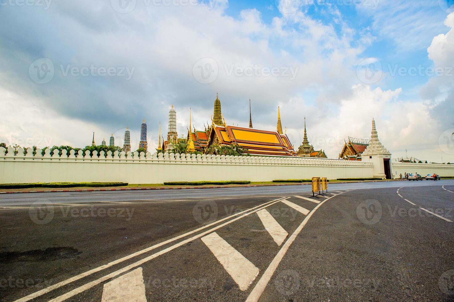Temple du Bouddha d'émeraude à Bangkok (Wat Phra Kaew) photo