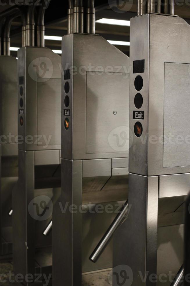 new york: tourniquet de métro photo