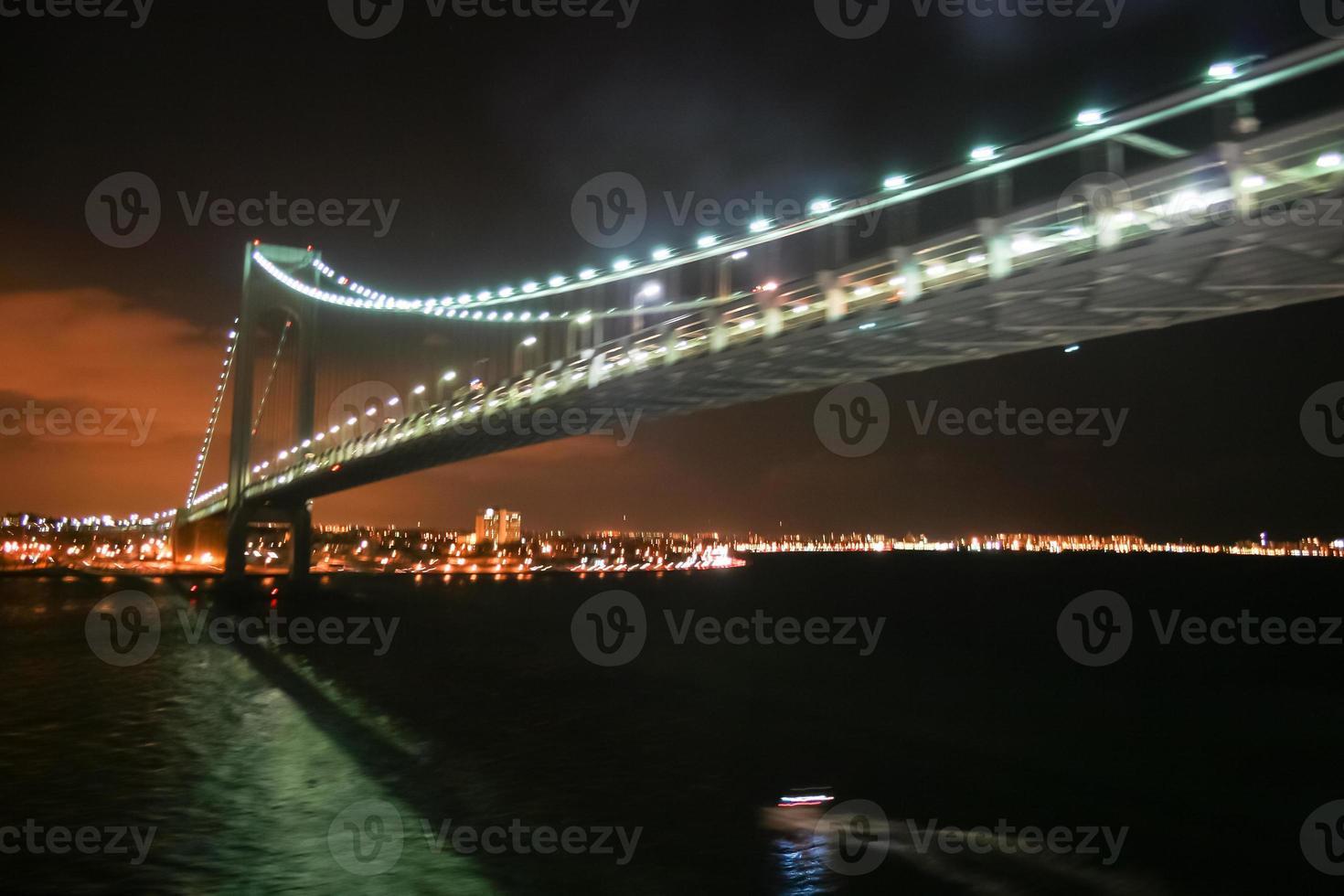 Verrazano rétrécit le pont à New York photo