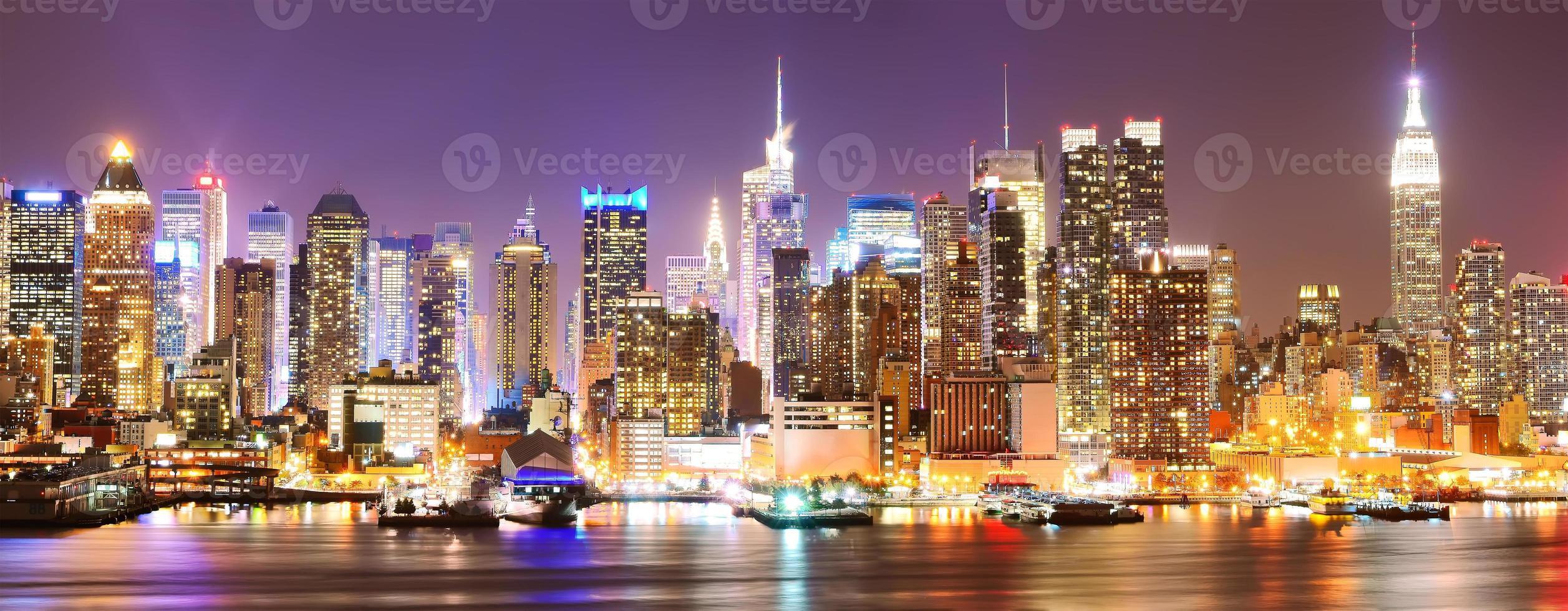 Manhattan skyline at night photo