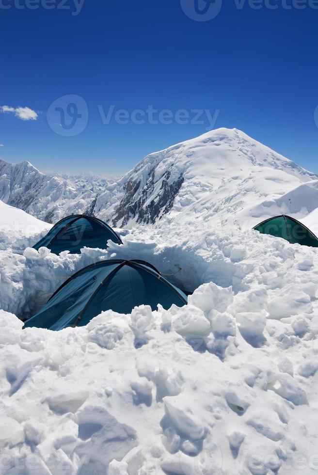 tentes de camp d'assaut photo