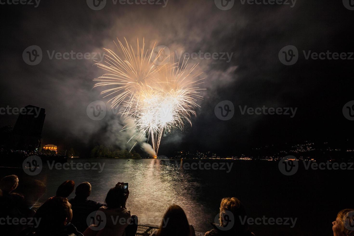 fuochi d'artificio sul lungolago, verbania, lago maggiore, piemonte, italia photo