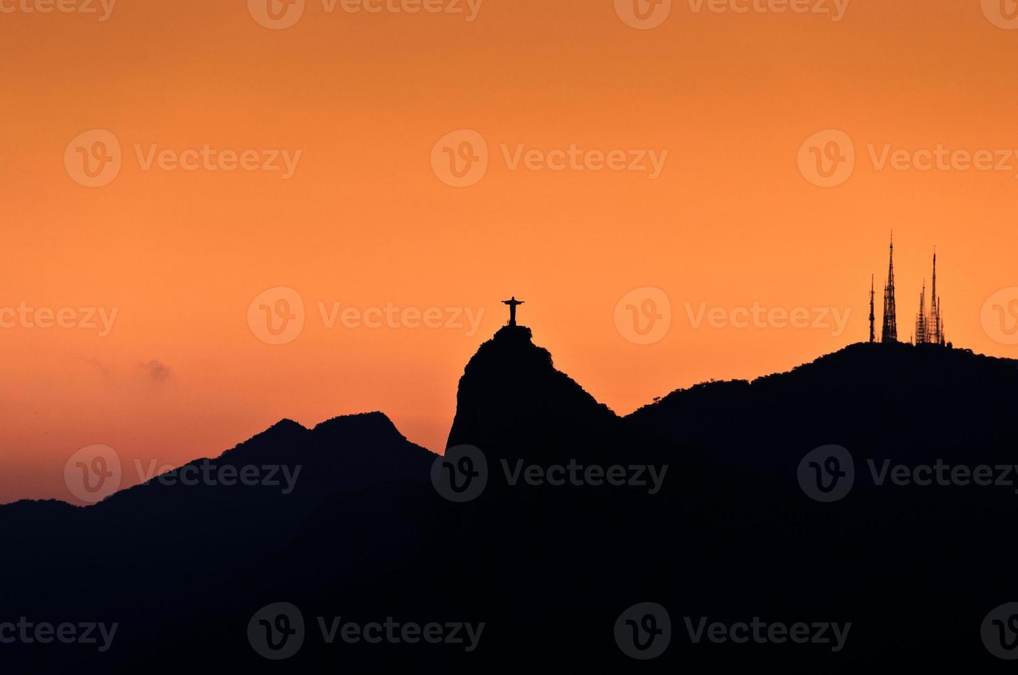 montagnes de rio de janeiro avec corcovado photo