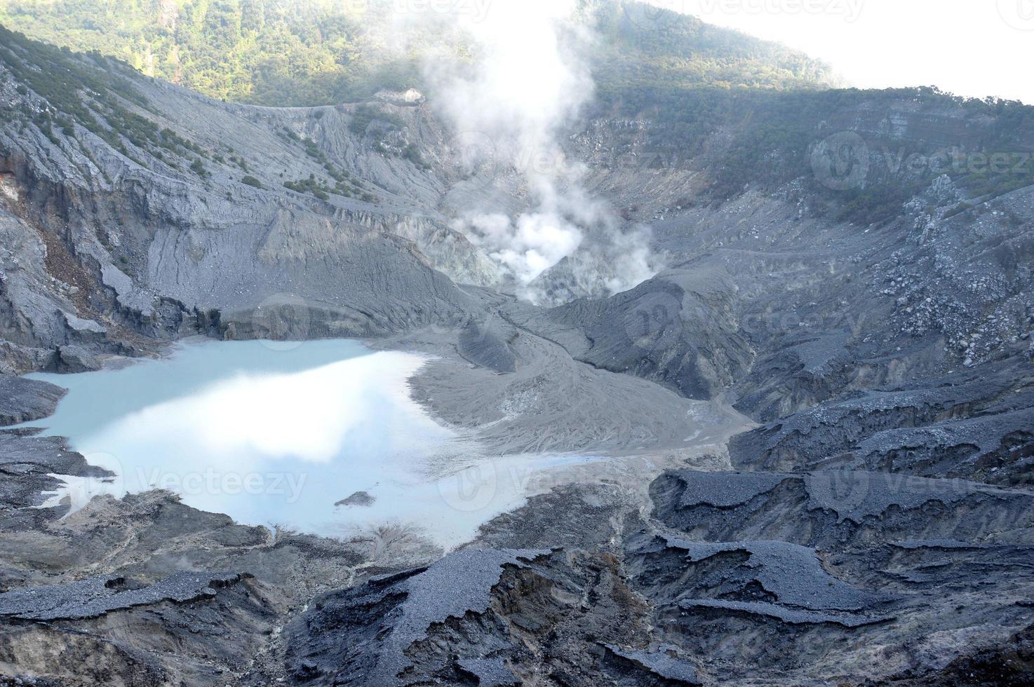 Tangkuban perahu mountain photo