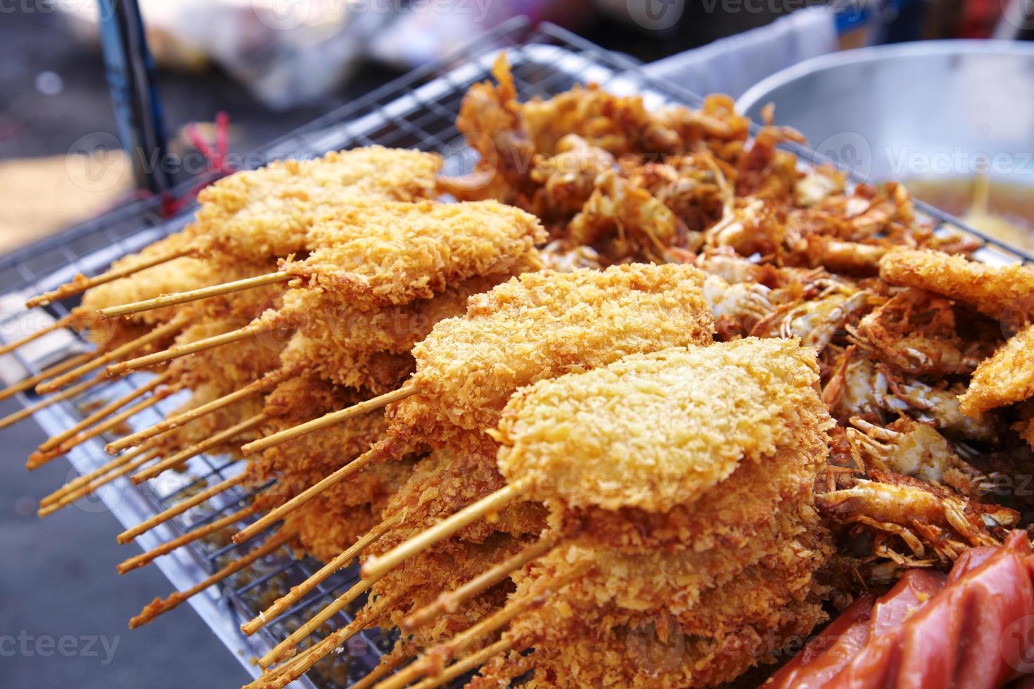 beaucoup de poulet frit photo