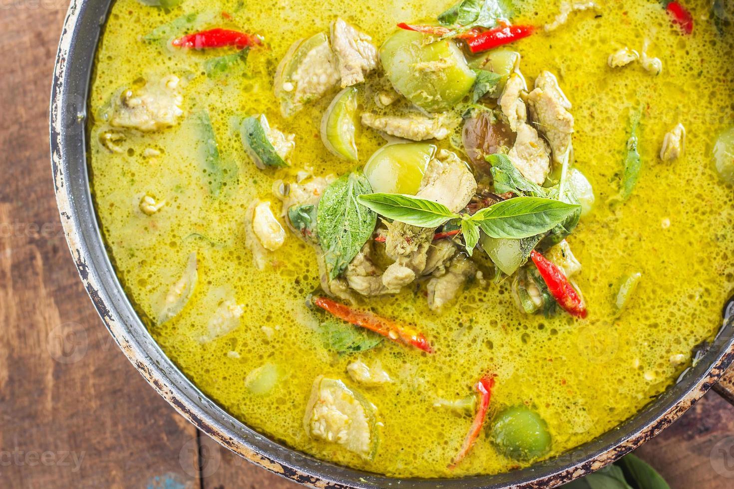 curry de porc vert, cuisine thaïlandaise photo