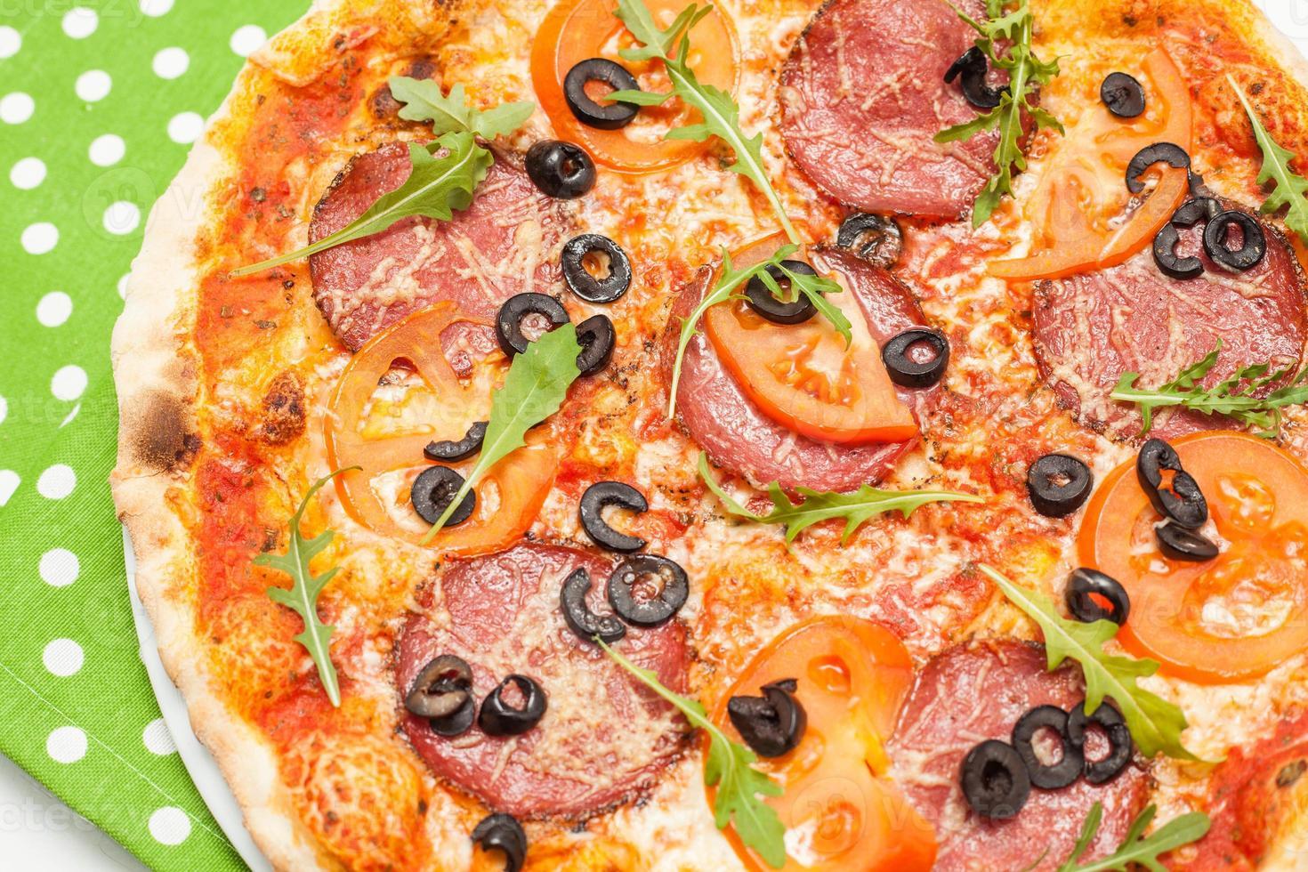 Pizza italienne photo