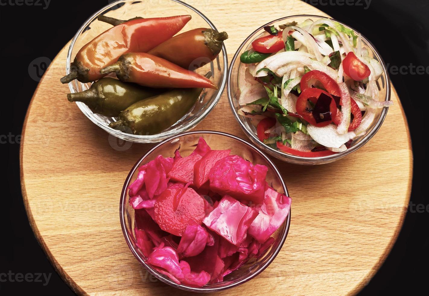 assortiment de plats végétariens photo