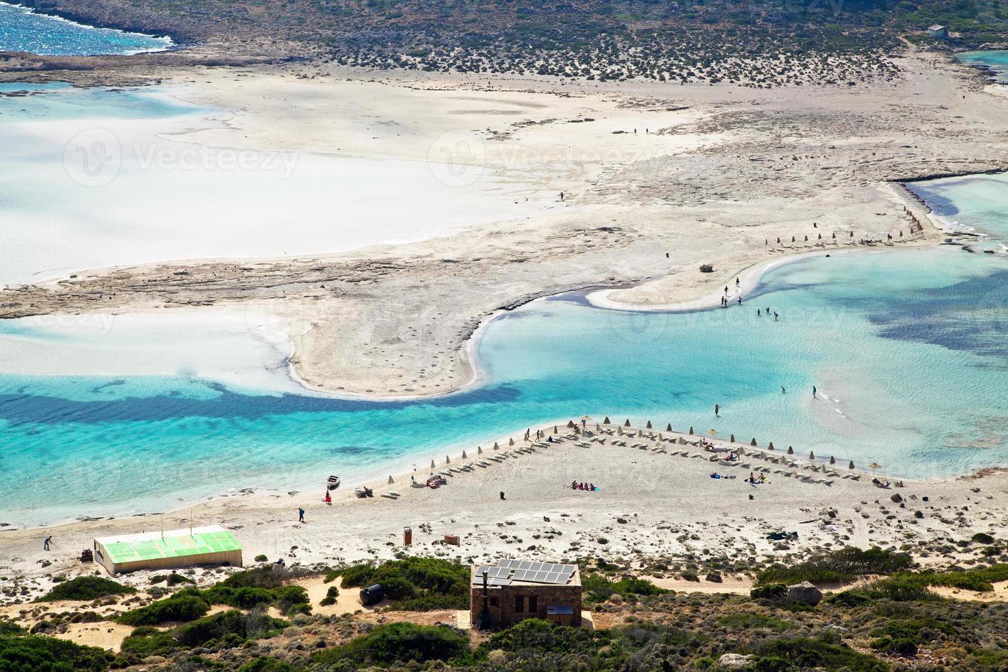 plage de sable blanc pur à balos photo