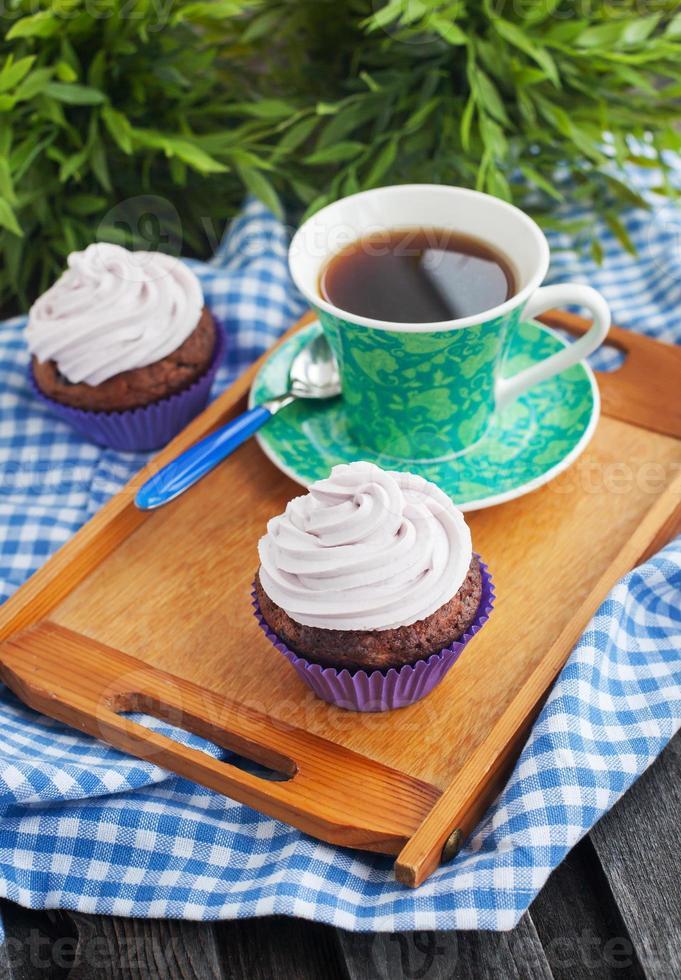 petit gâteau et tasse de café photo