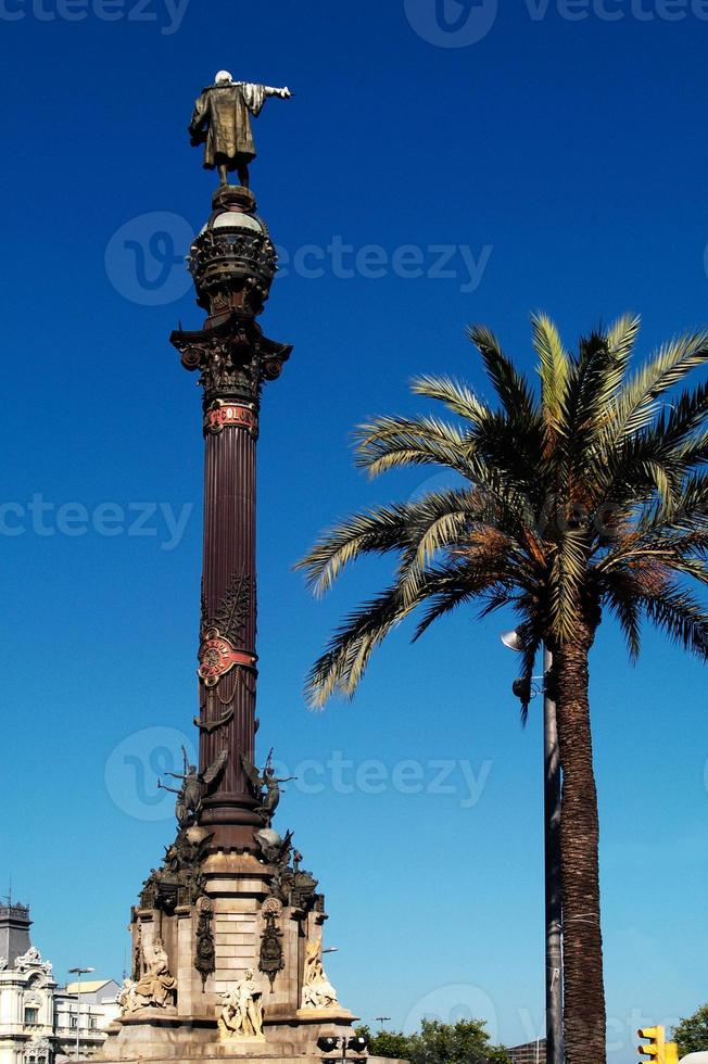 colon, barcelone, cataluña photo