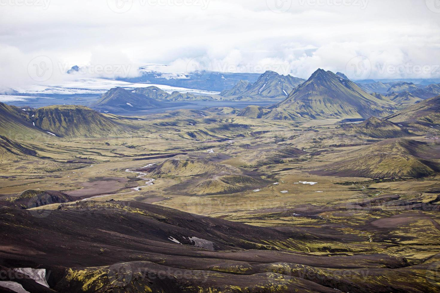 paysage volcanique - landmannalaugar, islande photo