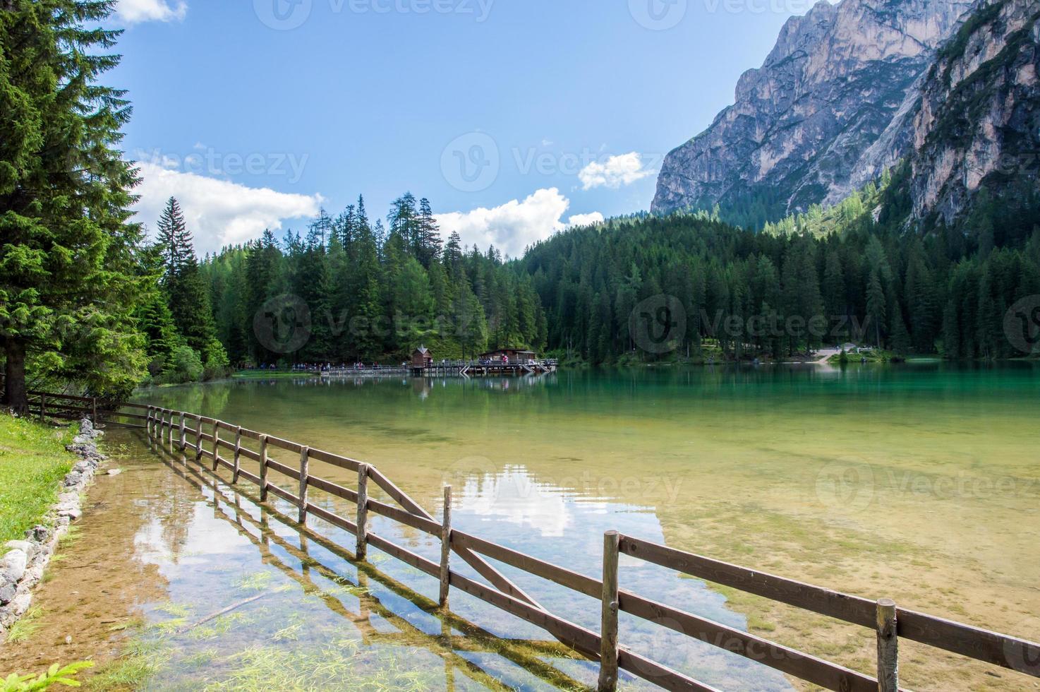 lac de braies photo