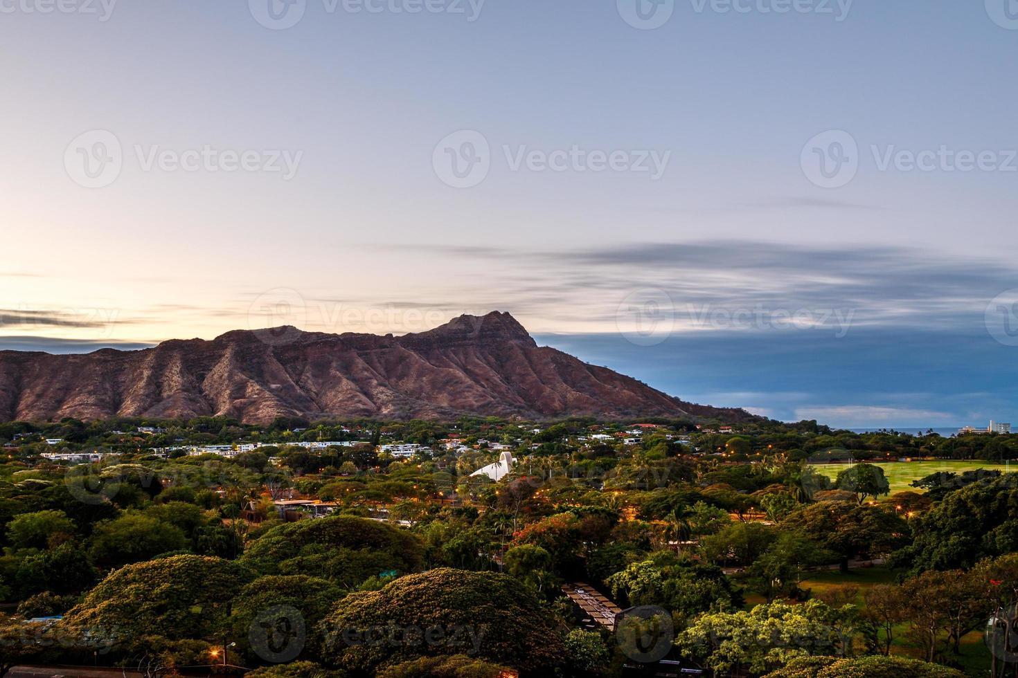Cratère Diamond Head à Oahua, Hawaii photo