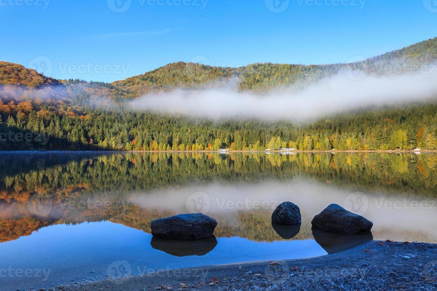 lac de sainte anna photo