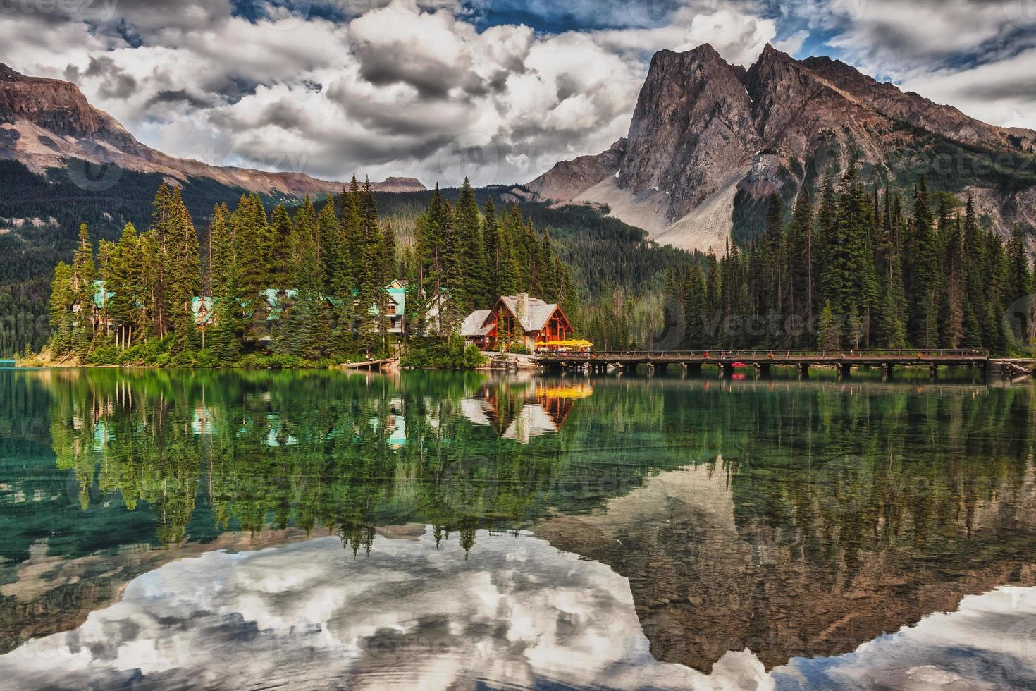 lodge lac émeraude photo