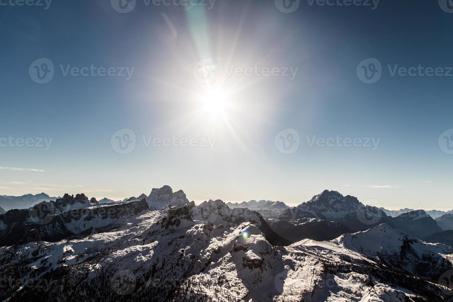 Dolomiti italienne prête pour la saison de ski photo