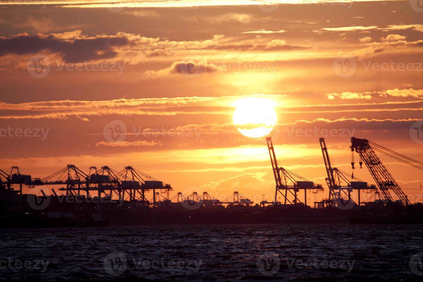coucher de soleil vue depuis louis valentino junior park photo