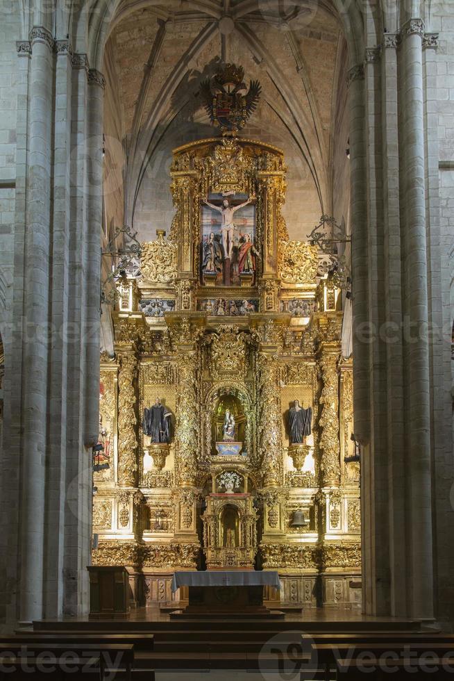 église du monastère de santa maria la real, photo