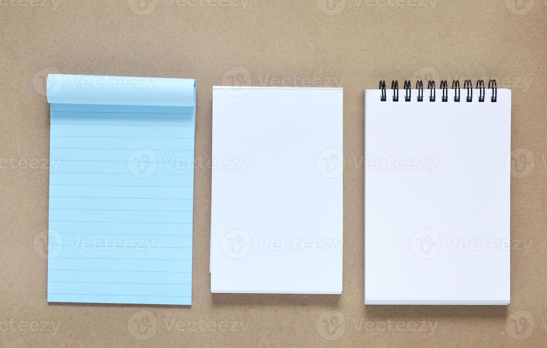 collection de divers papier à notes photo