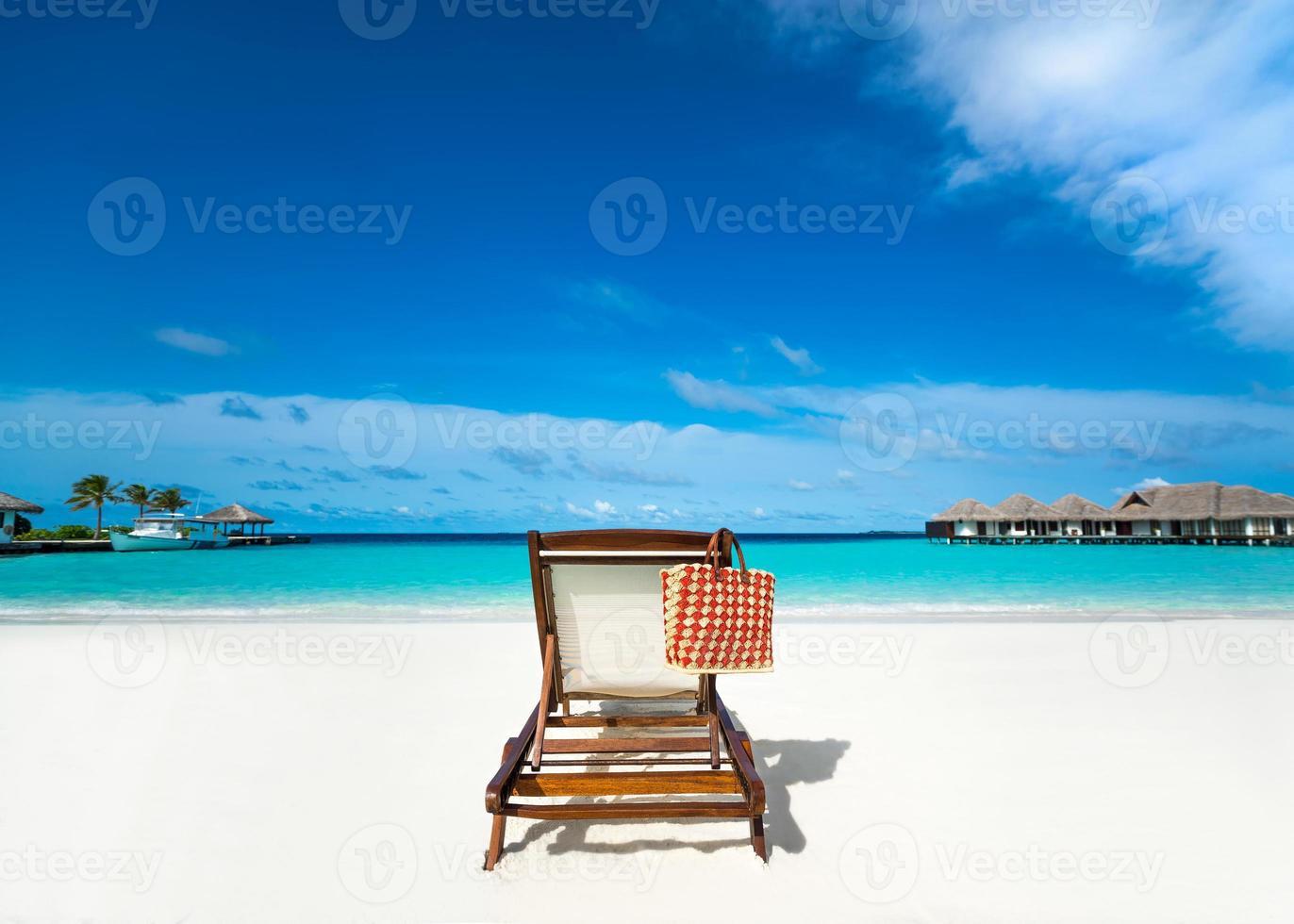 transat sur la plage de sable. photo
