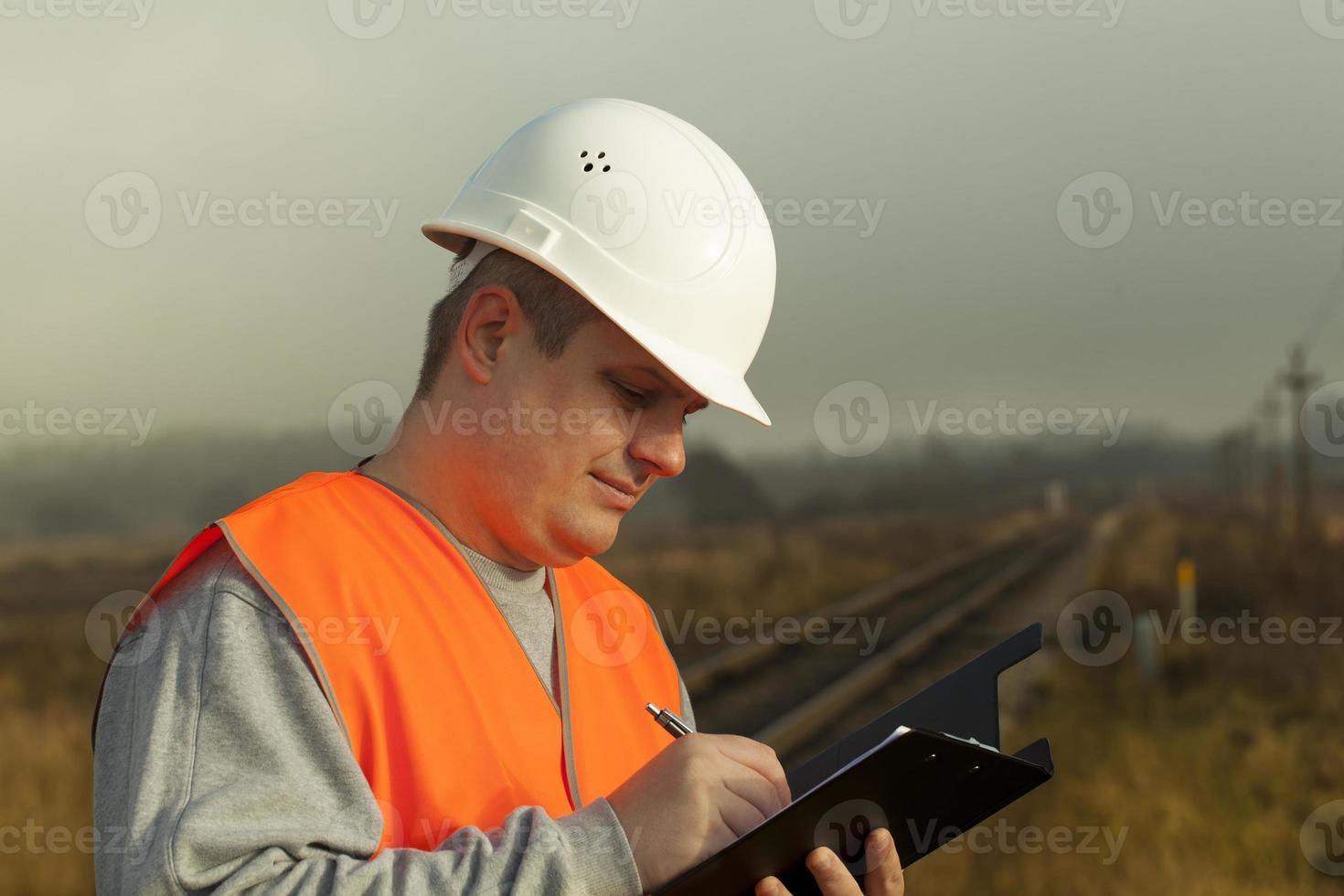 employé de chemin de fer photo