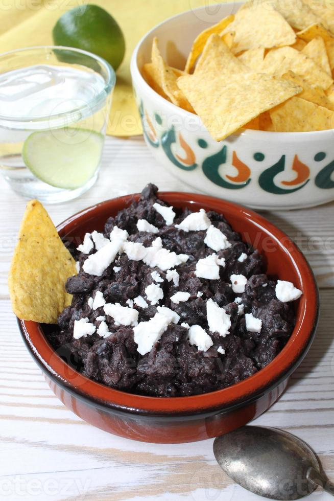 salsa aux haricots noirs photo
