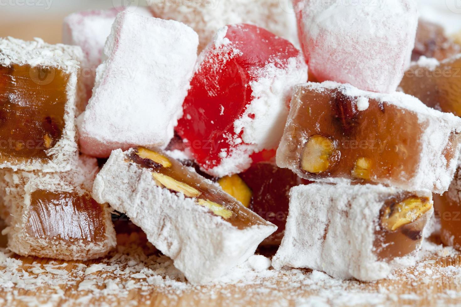 dessert. bonbons turcs, arabes. photo
