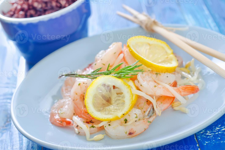 salade aux crevettes photo