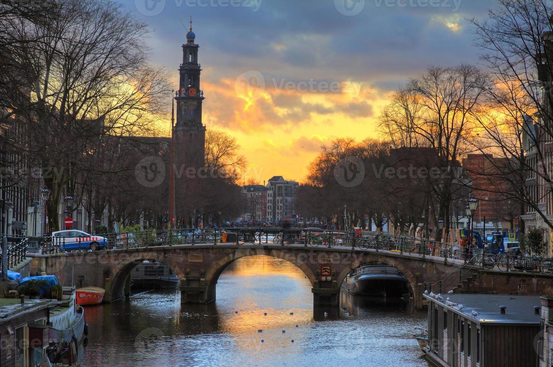 pont coucher de soleil westerkerk photo