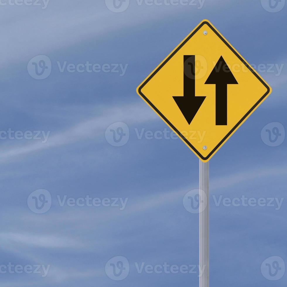panneau de signalisation à double sens photo
