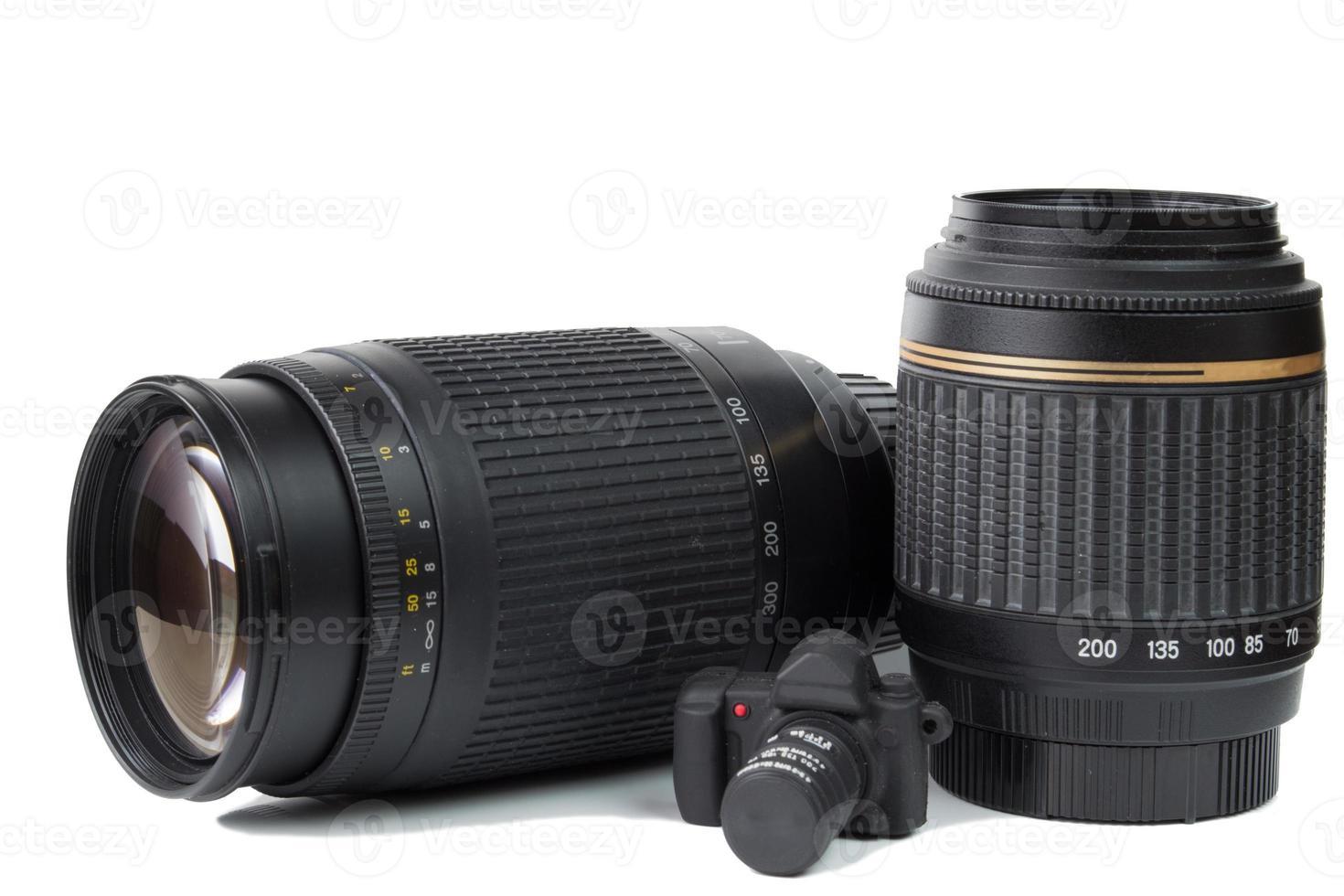 photocamera et deux lentilles. photo