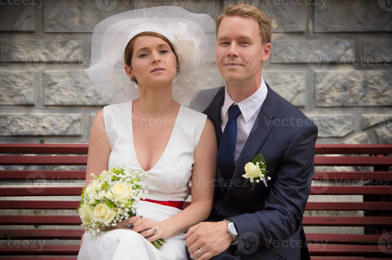 couple juste marié européen photo