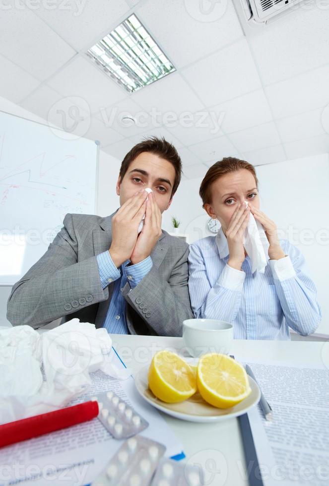 hommes d'affaires malades photo