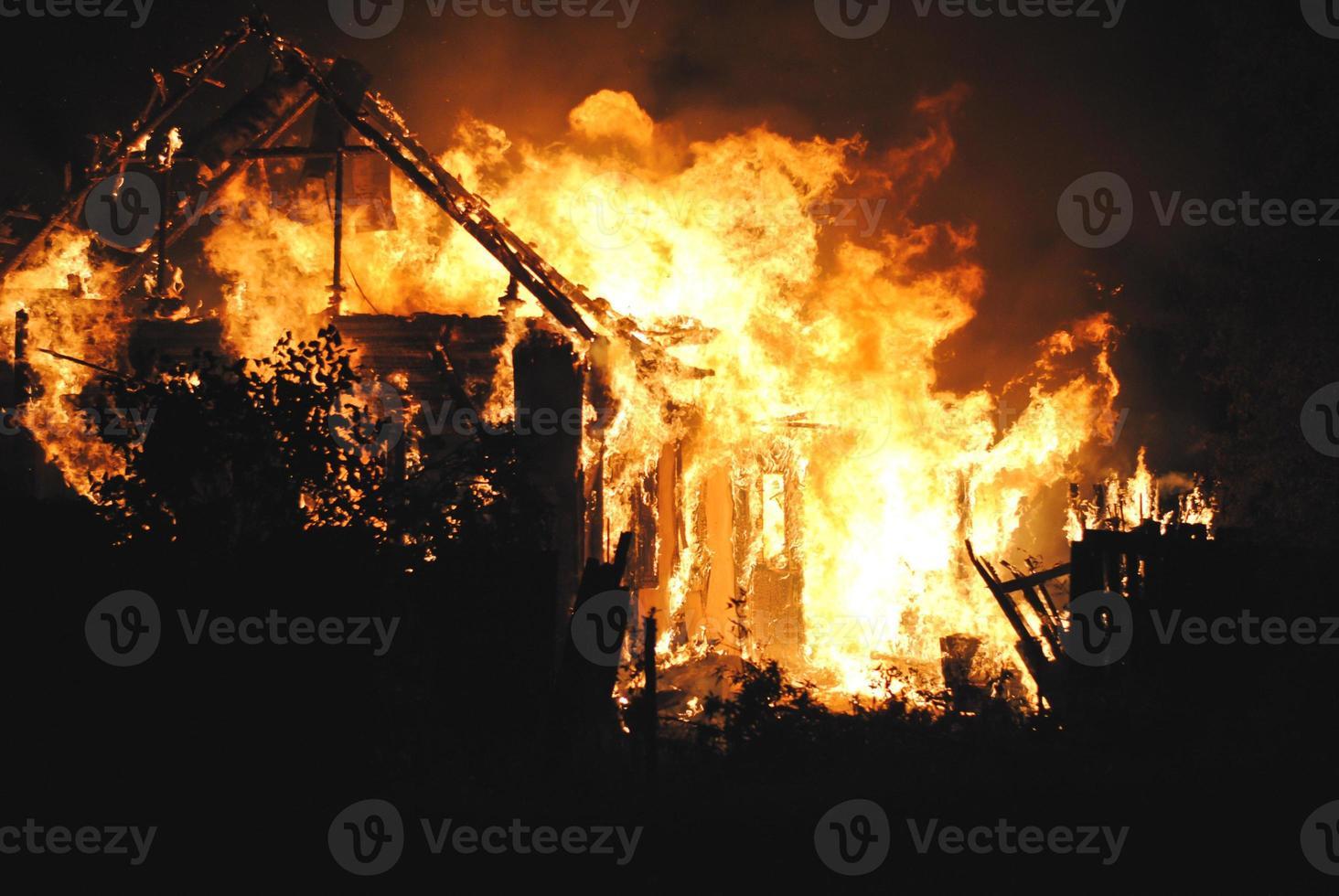 feu de maison photo
