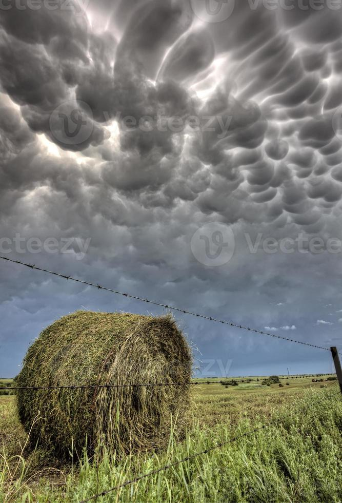 nuages d'orage saskatchewan photo