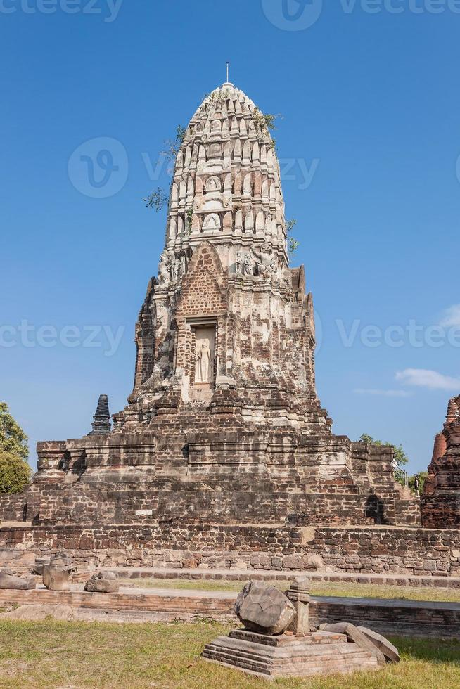 Wat ratchaburana ratchaworawihan à ayutthaya thailande photo