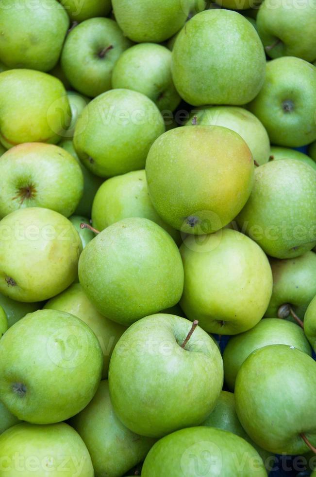 pommes sur le marché photo